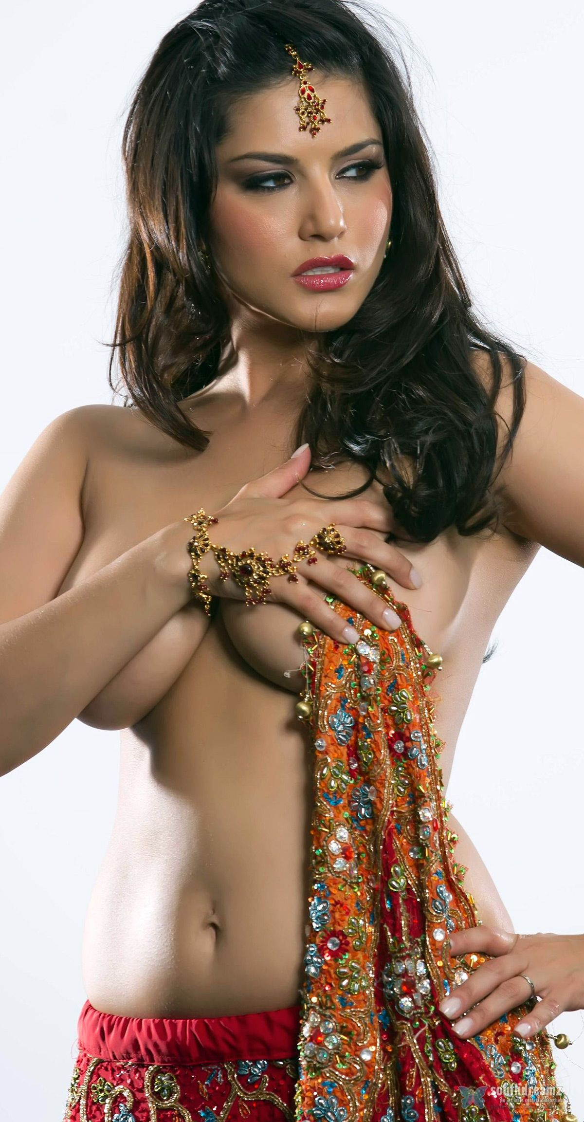 bollywood nackte madchen